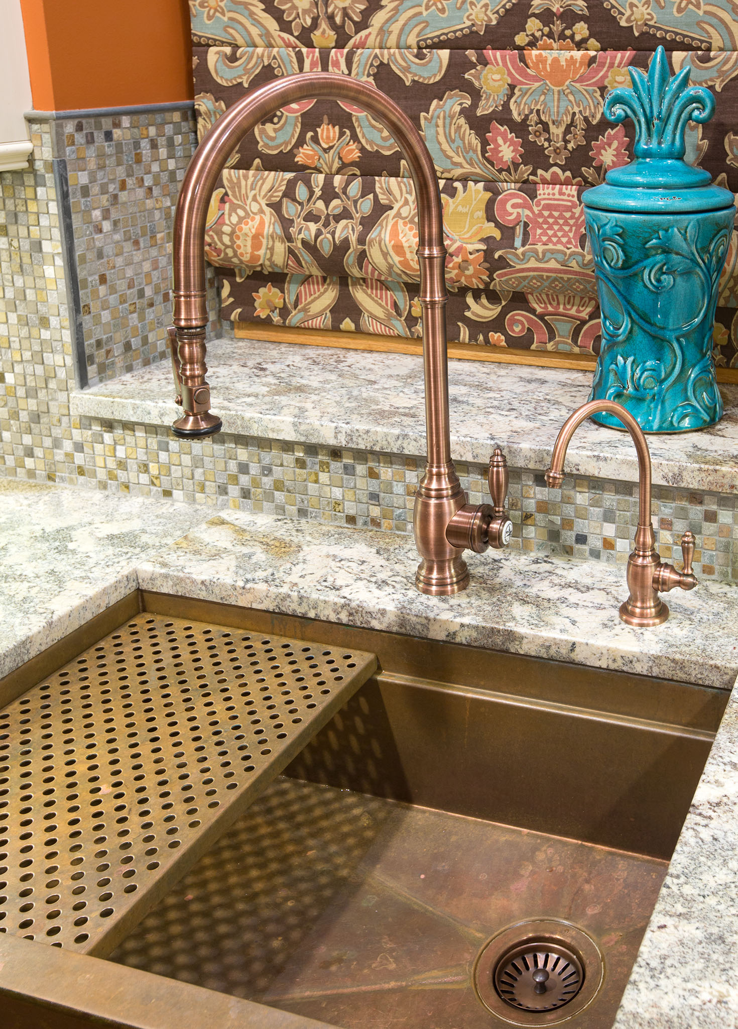 Copper sink proudly made in USA