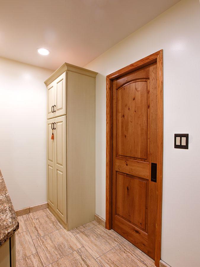 bathroom-tall-cabinets